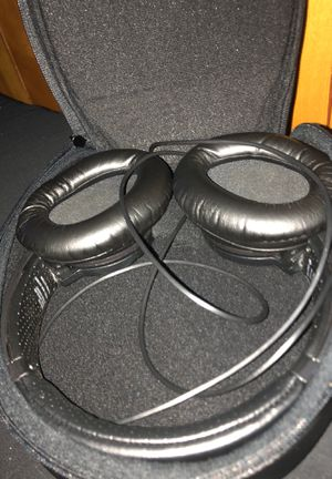 Sony headphones $25 or shoot a price for Sale in San Mateo, CA