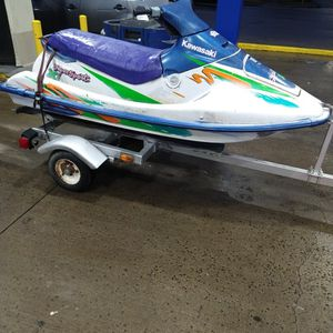 1993 Kawasaki JH750 Jet Ski With Trailer And Title $500 (PRICE WILL GO UP WHEN IT GETS WARM) for Sale in Cleveland, OH