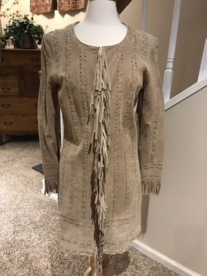 Women's Newport News Genuine Suede Jacket With Fringe Size Medium EUC for Sale in Lone Tree, CO