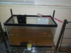 Aqueon fish tank aquarium lid and filter for Sale in Stone Mountain, GA
