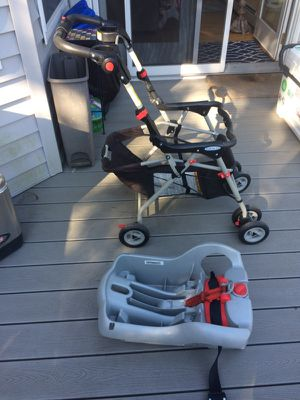 Graco snug rider elite stroller & car seat carrier for Sale in Queens, NY