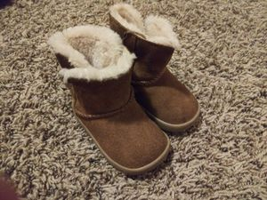 Size 2/3 UGG boots for Sale in Oklahoma City, OK
