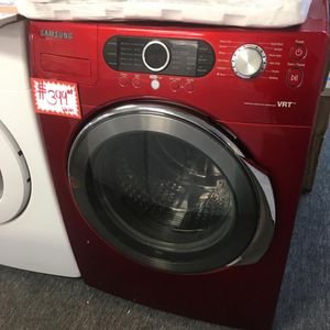 SAMSUNG FRONT LOAD WASHER IN EXCELLENT CONDITION for Sale in Laurel, MD