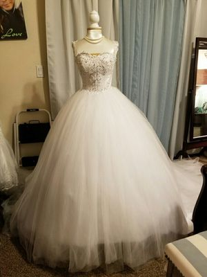 Wedding Dress Size 8 for Sale in North Las Vegas, NV