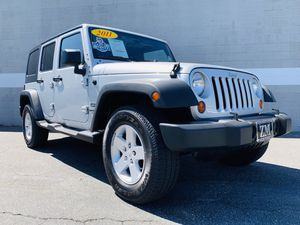 2011 JEEP WRANGLER UNLIMITED SPORT 4X4 / 1 OWNER CARFAX / HAR TOP / RUNNING BOARDS / NEW TIRES / FULLY EQUIPPED / LIKE NEW IN AND OUT / RUNS PERFECT for Sale in Chino, CA