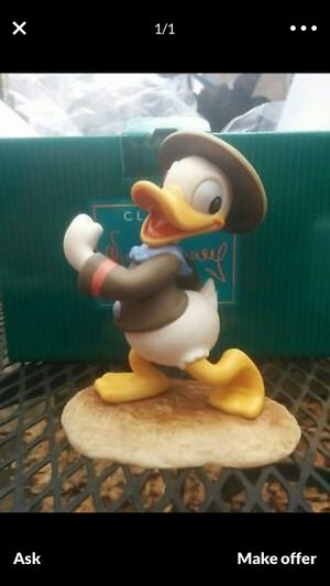 Donald Duck / Happy Camper for Sale in Bellevue, WA