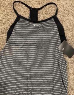 New Women's Nike Tankini (medium size) for Sale in Houston,  TX