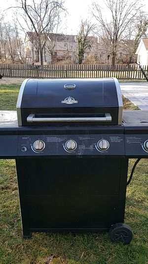 Grill Master outdoor propane gas grill for Sale in Sudley Springs, VA