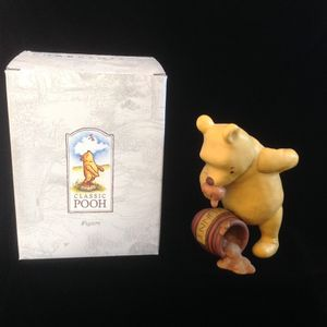 Winnie The Pooh Spilled Hunny Honey Pot Charpente Disney Resin Figurine for Sale in Cerritos, CA