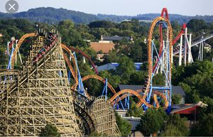 Hershey Park Tix for Sale in Jonestown, PA