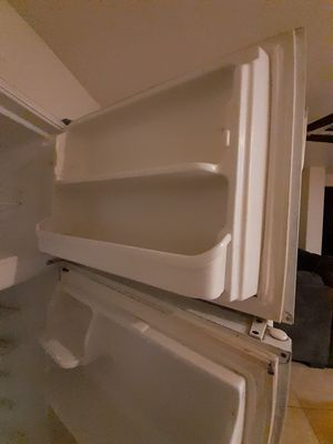 Refrigerator for Sale in Victorville, CA