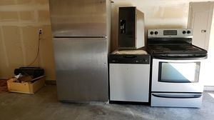 4 piece Stainless steel appliances for Sale in Federal Way, WA