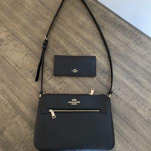 BRAND NEW/ COACH Shoulder Bag W/Matching Wallet. READ DESCRIPTION! for Sale in San Bernardino, CA