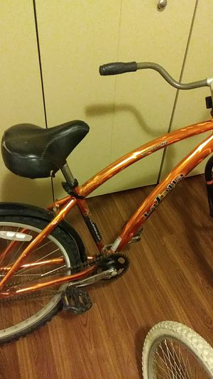Cruiser bike for Sale in Cleveland, OH