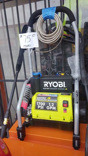 1700 psi pressure washer for Sale in Dallas, TX