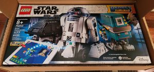 LEGO Star Wars Boost Droid Commander 75253 Star Wars Droid Building Set with R2 for Sale in Chicago, IL