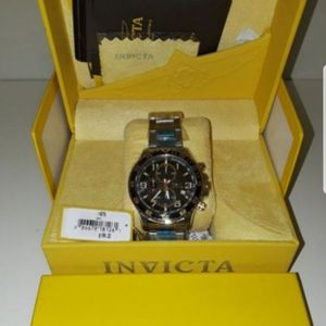 invicta mens watch quartz 2 tone brandnew for Sale in National City, CA