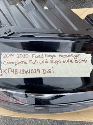 Ford Edge headlight for Sale in Los Angeles, CA