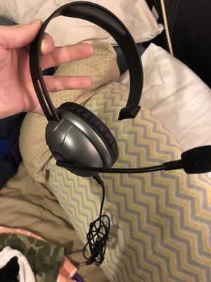 Xbox gaming headset w mic for Sale in Nashville, TN