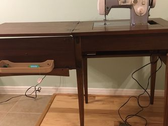 Sears Kenmore Sewing Machine for Sale in Pearland,  TX
