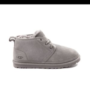 Brunel Short grey Ugg Boots size 8 women's for Sale in Detroit, MI