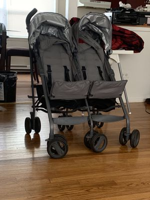 Double stroller for Sale in Addison, IL