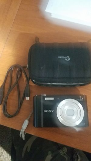 Sony camera for Sale in Cleveland, OH