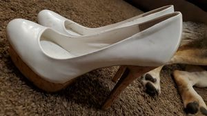 Jennifer Lopez brand white heels for Sale in Kingsburg, CA
