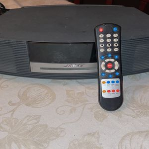 Bose Wave AWRCC1 Sound System with Remote for Sale in New Kensington, PA