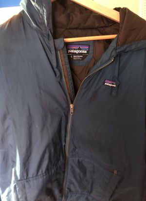 Patagonia rain jacket for Sale in Columbia, MD