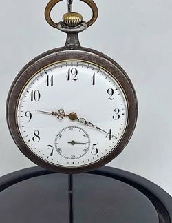 Antique Steel Pocket Clock for Sale in Los Angeles,  CA