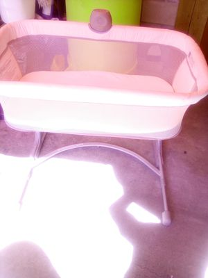 Baby crib like new for Sale in El Monte, CA