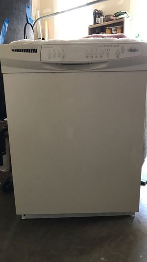 Whirlpool Dishwasher for Sale in Fort Washington, MD