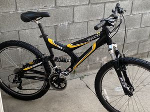 Giant DS 3 mountain bike for Sale in Commerce, CA