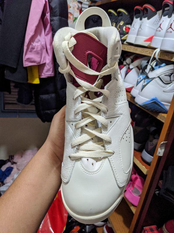 Air Jordan 6 maroons -size 9.5-