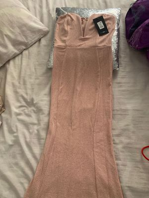 Fashionnova prom or formal dress for Sale in Chiriaco Summit, CA