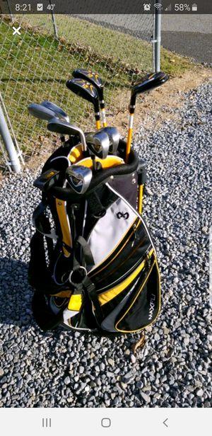 Maxfli C3 Golf Clubs for Sale in Shinnston, WV