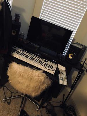 Music Desk! for Sale in Nashville, TN