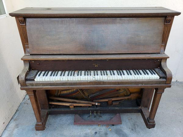 FREE Bell-Tone Piano Pick up only