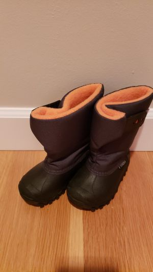 Kid's Size 6 Snow Boots for Sale in Seattle, WA