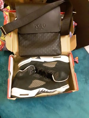 Air Jordan retro 5 oreo's size 9.5 for Sale in Fairfax, VA