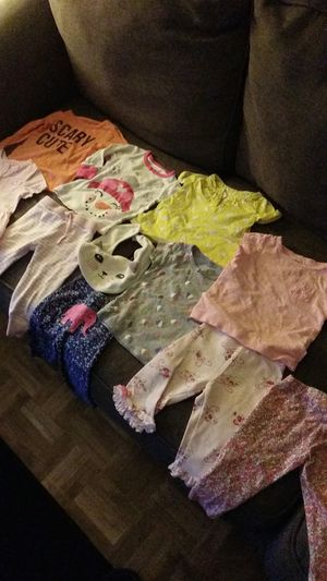 6-9 months all NO STAINS. want to trade for size 2 or 3 diapers. Great condition. 6 tops 4 bottoms 1 bib for Sale in Bakersfield, CA
