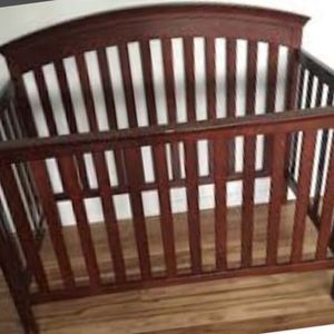 Crib And Changing Table Cherry Wood Color for Sale in Santa Fe Springs, CA