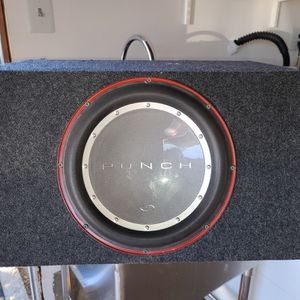 Rockford Fosgate Punch P2 12 Inch Subwoofer and Enclosure for Sale in San Diego, CA