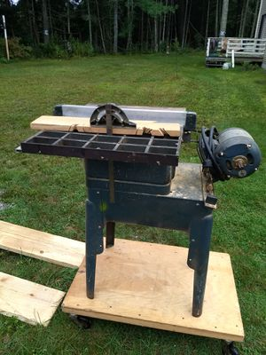 """8"""" Sears table saw for Sale in Mendon, MA"""