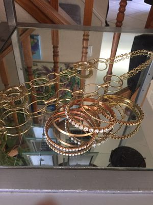 Gold toned jewelry for Sale in Rancho Cucamonga, CA