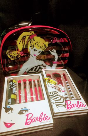 New Barbie by Soho makeup brush set for Sale in Seattle, WA