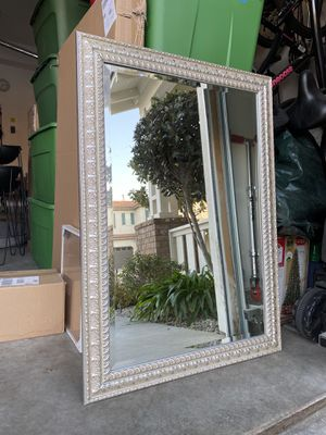 """Mirror 42""""x29.5"""" for Sale in Montclair, CA"""