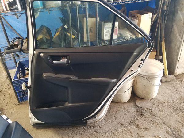 2015 Toyota Camry passenger doors
