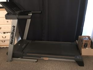 Treadmill nordictrack for Sale in Inverness, IL